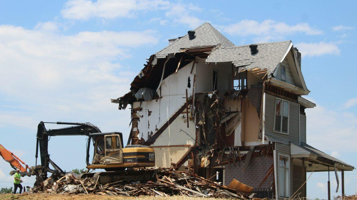 Tijdelijke uitbreiding afbraak en heropbouw woning aan 6% BTW